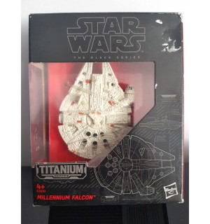 MILLENIUM FALCON - STAR WARS TİTANYUM MİNİ MODEL