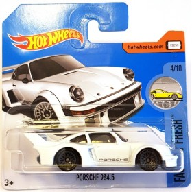 Hot Wheels Porsche 934.5 Factory Fresh 2017 Beyaz
