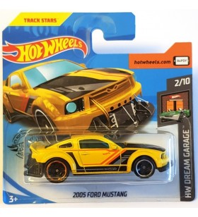 Hot Wheels 2005 Ford Mustang HW Dream Garage